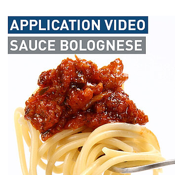 CARE TO SEE HOW SAUCE BOLOGNESE IS MADE?
